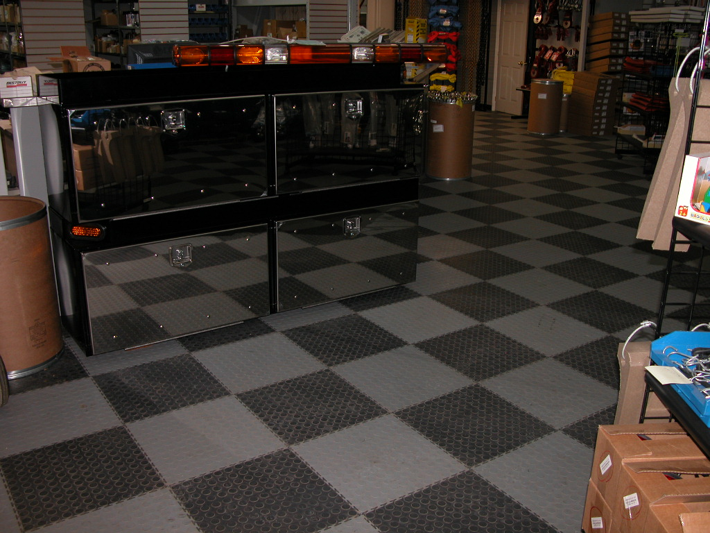 Industrial flooring tile