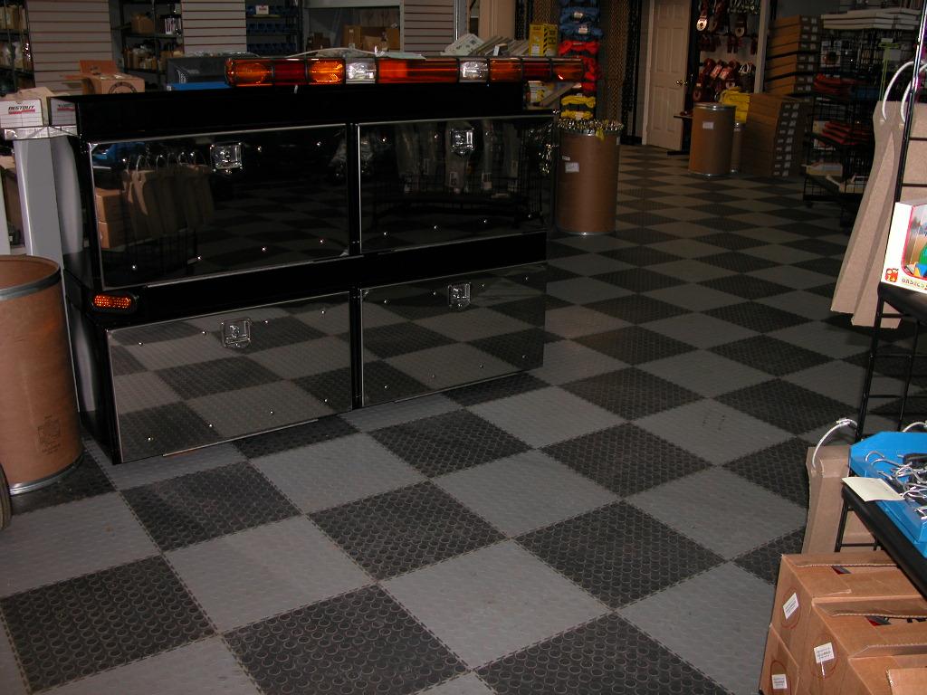 Industrial flooring tile